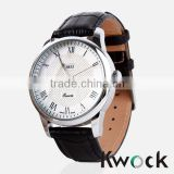 Classic looking minimal style quality stainless steel model quartz movement gentlemans watch with leather band