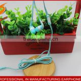 factory directly wholesale plastic eabuds with beautiful colors for all kinds of media player