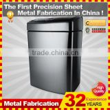 Kindle galvanized steel garbage container