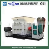Double Roller Wood Pallet Crusher , Industrial Wood Shredder Chipper Machine