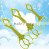 Hot sell factory plastic baby bottle clips