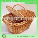 Wholesale Oval Picnic basket Willow wicker basket with handle Lid traditional storage hamper
