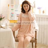 Factory direct selling fleece family women sleepwear in Autumn winter