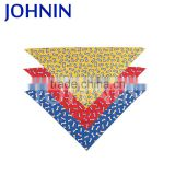 2017 Hot Sales Polyester Triangle Printed Logo Dog Bandana Custom
