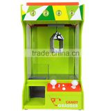 gm752-USB Charging Battery Operated Candy Grabber Desktop Doll Candy Catcher Crane Machine with LED Light & Music