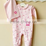mom and bab 2012 100% cotton embroider baby handkerchief romper set