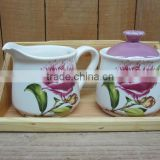 Porcelain sugar bowl and coffer creamer container