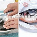 Fish Scale Scraper Remover Scaler Cleaner Peeler Fish Skinner Fish Server with Cover Kitchen Cutlery User-friendly