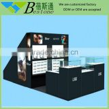 Famouse brand used sunglass kiosk, single glass display showcase for sale