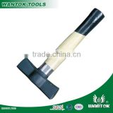 CN105 Spanish Type Stoning Hammer With Wooden Handle