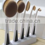 Stand base 5pcs toothbrush set , white handle oval 5pcs brush , custom logo makeup brushes