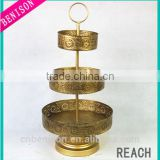 Tall Gold Metal Three layers Cake Plate Supply On Wedding And Home Decoration