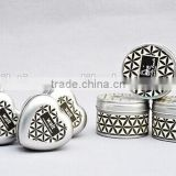 small metal wholesale candle tin box with lid/heart shape candle tin box/metal candle tin box