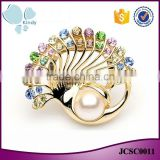 China wholesale korean jewelry multicolor rhinestone zinc alloy peacock scarf clip brooch