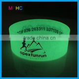 Customized Glow in the Dark Silicone Wristband Bracelet