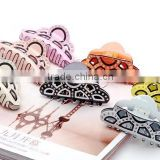 Assorted color hollow out plastic hair clampls crystal stone decorated korean hair claw clip