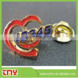 Hot Sale High Quality Cheap Price Metal Red Heart Shaped Lapel Pins Manufacturer from China