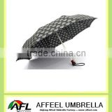 21''x8k heart shape three folding umbrella