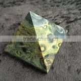 Natural Malachite Stone With Healing Energy Crystal Pyramid Ornaments