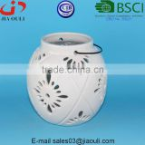BSCI Audit Factory white Tea Light Lantern with Metal Handle, ceramic round lantern