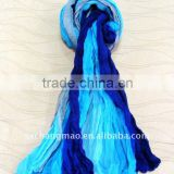 Gradient color polyester crinkle scarf
