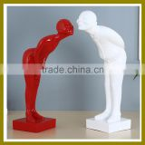 Wholesale BHM-K125 wedding decoration Resin arts and craft black and white couple Figurine for home decor