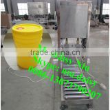 commercial paint bucket capping machine/plastic barrel sealing machine/drum cap sealing machine