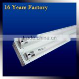 Twin tube light fitting