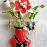 Metal Lovey Vase brooch with Beautiful flower