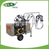 gasoline engine with vacuum pump type milking machine for one cow goat camel donkey