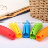 Silicone bag grip handle plastic bag carrying handle grip