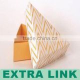 China Suppliers Custom Made Paper Tube Triangle Takeaway Cake Box With Window