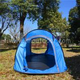 Waterproof Pop Up Tent Polyester Fabric Use In The Park