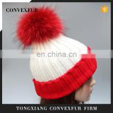 Stock hat fashion winter real big raccoon fur ball knitted beanie hat