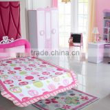 Pink and white bed settings microfiber soft stitching bed cover wholesale manufactores quilt