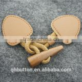 FASHION WOOD BUTTON WITH LEATHER TOGGLE BUTTON CHINESE WENZHOU BUTTON WHOLESALE
