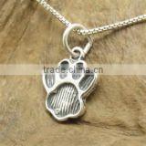 Vnistar wholesale cute dog paw vintage pendant animal bracelet charm cheap jewelry TC-011