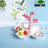 Food Grade Plastic Fruit Plate Tree Shape Fruit Plate 5 Section Dry Fruit Plate With Cockcoo Toothtick For Home