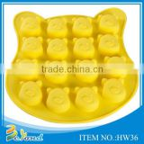 Personalized custom bear shaped silicone ice cube tray