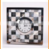 Hot European neoclassical metal table clock clock creative fashion model room Decoration home accessories 155