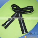 Factory sale promotional metal aluminum zipper for garments