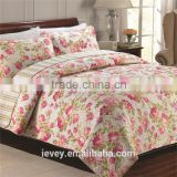 top quality beautiful red flower pattern cotton woven patchwork quilted bedspread luxury