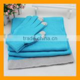 High Quality Promotional Winter Warmer Acrylic Touch Screen Glove and Scarf Set