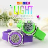 SKMEI Latest hot selling children's cheap plastic watch