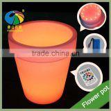 2017 Hot Sale Large Garden Pots Solar Lighted Planters Plastic Led Flower Pot for Garden Decor