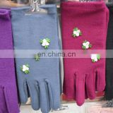 Imitate wool winter gloves with 3 flower