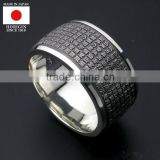 Silver ring engraved with the Heart Sutra with ultra precise engraving technique. Made in Japan High quality