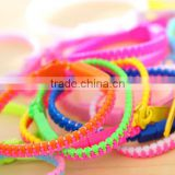 latest design Promotional colorful zipper bracelets/Assorted colors bracelets