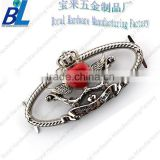Silver plated metal hook buckle with acrylic for ladies handbags