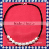 modern pearl necklace design